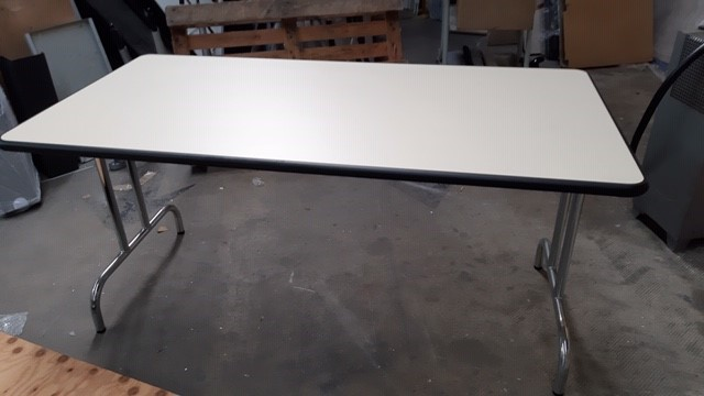 Table pliante gris perlé  160 x 80cm